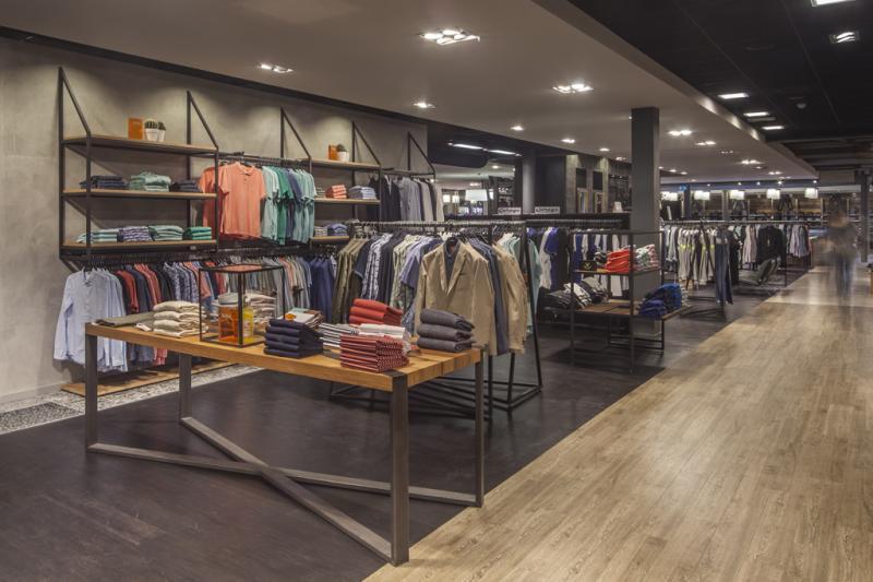 Van Tilburg Mode Tassen : Company